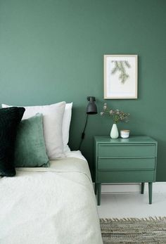 21 amazing grey green bedrooms images tapestry wall papers rh pinterest com