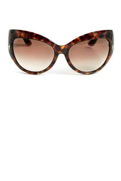 Click to find the perfect sunglasses for your face shape
