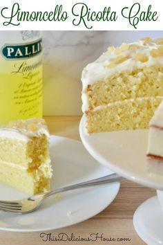Lemon Desserts, Lemon Recipes, Just Desserts, Cake Recipes, Dessert Recipes, Recipe For Lemon Cake, Easy Italian Desserts, Italian Foods, Italian Recipes