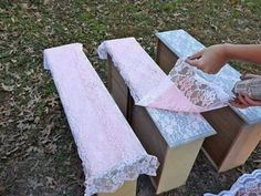 How to Spray-Paint Lace onto your Recycled Furniture Lay a strip of lace on top of your drawer. Spray-paint right over it and let it dry a bit. Remove lace from insert dresser drawer. (For the girls' room) Home Crafts, Fun Crafts, Diy Home Decor, Recycled Furniture, Painted Furniture, Furniture Makeover, Diy Furniture, Redoing Furniture, Furniture Stencil