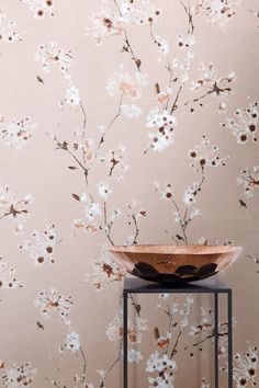 Altea | ALT006 | Non woven wallcovering | www.khroma.be / www.benedict.be #wallpaper #floral #interior