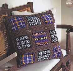This three part pattern is published in the subscribers editions of Issues 65, 66 and 67 of The Knitter and is a two sided, sampler cushion using Sanquhar, Fair Isle and tartan motifs bounded by cables.