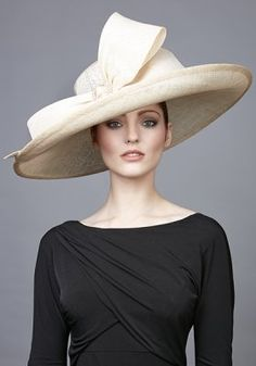 R1769 - Natural side sweep hat with large bow and diamante buckle