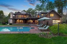 30 E Hollow Rd, East Hampton, NY 11937 -  $5,200,000 Home for sale, House images, Property price, photos