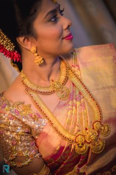 Get lost in thousands of photos of Latest Bridal Blouse Designs in Chennai to inspire you for South Indian Bride, Ezwed covers real weddings and reviews.
