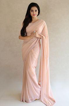 Women S Fashion Like Boden Trendy Sarees, Stylish Sarees, Fancy Sarees, Saree Designs Party Wear, Party Wear Sarees, Kerala Saree Blouse Designs, Modern Saree, Indian Gowns Dresses, Sari Dress