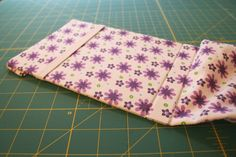 Make a custom Kindle cover Cardboard Storage, Diy Cardboard, Kindle Case, Sewing Projects, Sewing Ideas, Storage Boxes, Ipad, Cover, How To Make