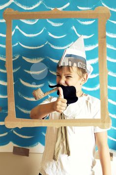 Sailor Themed Kid Party - Photography, Landscape photography, Photography tips Nautical Photo Booth, Nautical Party, Pirate Day, Pirate Theme, Newspaper Hat, Photo Frames For Kids, Gruffalo Party, Summer School Activities, Sailor Party