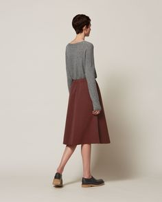 CASHMERE/WOOL SWEATER | Slouchy, cocooning pullover in a featherweight, soft and lofty cashmere/wool. Boxy through the body with dropped shoulders and long cosy sleeves. Reverse seam detail. Rolled edge cuffs, hem and neck.