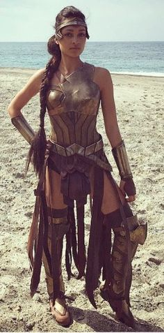 "With ""Wonder Woman"" now in theaters, the amazing ladies who populated the island of Themyscira are sharing behind-the-scenes images. Wonder Woman Cosplay, Wonder Woman Film, Wonder Women, Amazon Warrior Costume, Warrior Princess Costume, Amazons Women Warriors, Female Warriors, Warriors Game, Super Heroine"