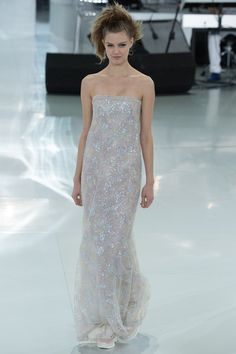Chanel | Spring 2014 Couture Collection | Style.com - Oscar red carpet?