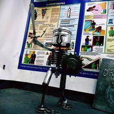 This is spartaaaaa! #сварка #железо #welding #weld #гараж #garagelife #светильник #light #аргон #полуавтомат #followme #drunkwelder #пьяныйсварщик #instagood #лофт #loft #sparta #metall #steel #knight