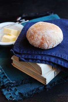 No-Knead Bread Roll