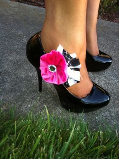 love these shoe clips