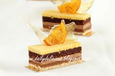 dailydelicious: Valencia: Orange, Chocolate and Nut Entremets, wonderful recipe from chef Sadaharu Aoki Mousse Dessert, Choc Mousse, Orange Mousse, Orange And Almond Cake, French Desserts, Fun Desserts, Dessert Recipes, Chef Recipes, Sweet Recipes