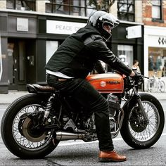 Or ? Photo by @icasque Follow @menriderstyle for more inspiration #Menriderstyle