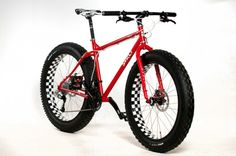 I want a fat bike. In. The. WORST. way. #fatbike #bicycle