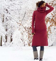 Pokara Dress. hand-dyed organic fleece. Huge cowl and thumb holes, what more could I want?