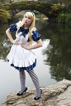 Alice in Wonderland by Anna Fischer.