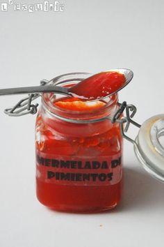Mermelada de pimientos | L'Exquisit Marmalade Jam, Jam And Jelly, Ice Cream Desserts, Xmas Food, Caribbean Recipes, Latin Food, Canning Recipes, Food Menu, Tapas