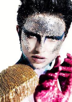 glitter - make up - art - color Makeup Inspo, Beauty Makeup, Face Makeup, Movie Makeup, Glitter Make Up, Glitter Face, Glitter Bomb, Yellow Glitter, Sparkles Glitter