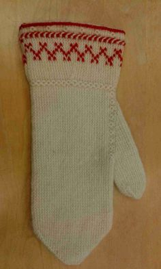 Visit the post for more. Knitted Mittens Pattern, Knit Mittens, Knitted Gloves, Wrist Warmers, Hand Warmers, Yarn Bowl, Fair Isle Knitting, Knitting Accessories, Knitting Projects