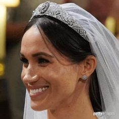Here are 17 of our favorite royal wedding tiaras of all time, worn by royal brides from Queen Elizabeth to Princess Diana to Meghan Markle Royal Brides, Royal Weddings, Lady Diana, Wedding Dress Trends, Wedding Dresses, Party Lashes, Meghan Markle Wedding Dress, Wedding Tiaras, Prinz Harry