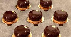 recette entremets yuzu noisette, gagnant de l'émission Les Rois du Gâteau LRDG saison 1 David Gayta Zanni Dessert Express, Chocolat Valrhona, Cheesecake, Deserts, Coconut, Cooking Recipes, Pudding, Lunch, David