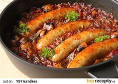 Roasted sausages - Klobásky z pekáčku - V kuchyni vždy otevřeno Sausage Recipes, Pork Recipes, Slovak Recipes, Food 52, Food Hacks, Food Tips, Hot Dog Buns, Chicken Wings, Food Styling