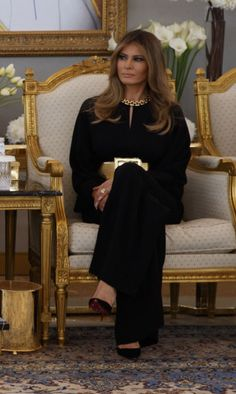 First Lady Overseas Trip Style: Melania Trump in Louboutins Donald And Melania Trump, First Lady Melania Trump, Donald Trump, Fashion Outfits, Womens Fashion, Fashion Tips, Fashion Design, Ladies Fashion, Ladies Outfits