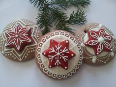 Gingerbread Christmas Ornaments | Cookmunk Cookies for any occasions