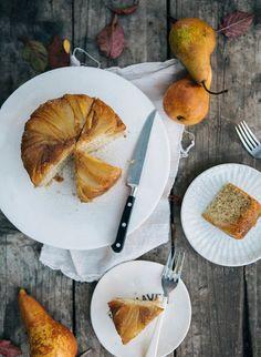 pear & earl grey upside down cake Pear Upside Down Cake, Tapas, Martha Stewart Recipes, How Sweet Eats, Cupcake Cakes, Cupcakes, Let Them Eat Cake, Dessert Recipes, Desserts