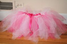 I made a tutu from these directions for my baby's 1st Birthday.  It looked great and everyone loved it!