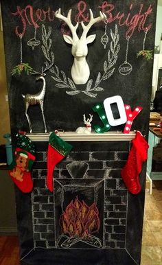 DIY Chalkboard Fireplace Christmas Chalkboard, Diy Chalkboard, Kitchen Chalkboard, Office Christmas, Christmas Room, Apartment Christmas, Christmas Fireplace, Faux Fireplace, Fireplaces