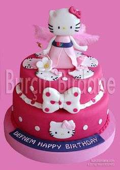 Hello Kitty Cake, on my little girl's wishlist
