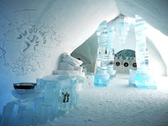 A list of things to do in Quebec City for first-time visitors who want to see and do it all. Includes day trip, food, and coffee recommendations! Quebec Winter, Things To Do, How To Memorize Things, Ice Hotel, Ice Castles, Canadian Travel, Quebec City, Day Trip, Europe