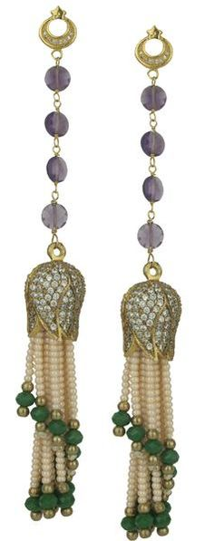 The tassel earrings consist of faceted amethyst and a metal tassel decorated with crystals and beads. They are perfect for evening wear. Tassel Earrings, Drop Earrings, Tassels, Amethyst, Pearls, Crystals, Metal, Jewelry, Jewlery