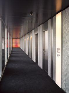 Hotel ME Barcelona / Dominique Perrault Architecture (17)