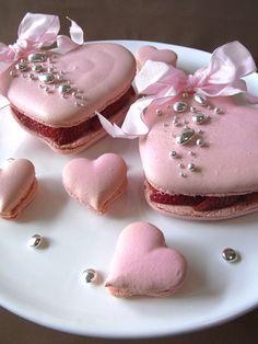 ♔ Pink heart cookies