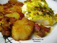 Merluza al Horno / Una merluza de pincho. Una cebolla. Cinco patatas medianas. Jamoncito en tacos. Aceite de oliva virgen. Caldo de pescado(100 ml). Vino blanco (100ml). Azafrán en hebra o un sobre de azafrán molido. 4 dientes de ajo, 2 cdas de perejil y sal