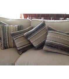 Umakoveja Linen Pillows, Cushions, Throw Pillows, Loom Weaving, Hand Weaving, Textiles, Weaving Projects, Fabric Manipulation, Fashion Sewing