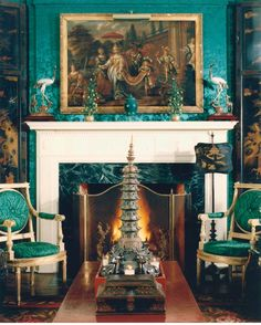 Chinoiserie Chic: Trending - Malachite and Chinoiserie and an Inspiration Board Foyers, Faux Painting Walls, Chateau Hotel, Chinoiserie Chic, Asian Decor, Interior Decorating, Interior Design, Green Rooms, Drawing Room