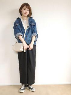 妊娠7ヶ月(27w) シンプル♡ ベージュのTシャツ、、、かなり使える予感♡ 真っ白Tよりも大人な雰
