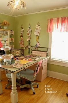 {Bees Knees Bungalow}: Bachman's 2011 Spring Ideas House - Part IV