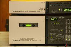 1012472-pioneer-pl88f-front-loading-turntable.jpg (1024×683)