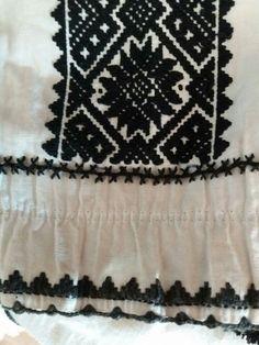 Folk Clothing, Moldova, Bulgaria, Weaving, Traditional, Costumes, Embroidery, Blouse, Design