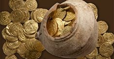 Gold coins and a pottery vessel found near Herzliya.  Someone was saving up for IDC tuitions!