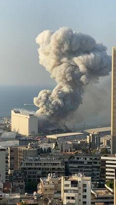 My Heart Hurts, It Hurts, Lebanon Flag, Beirut Explosion, Lebanese Civil War, Wow Video, Kuala Lumpur City, Funny Video Memes, World History