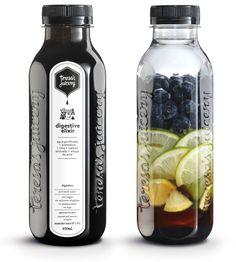Digestive Elixir Agua purificada + Lima + Arándanos + Carbón activado + Sirope de arce