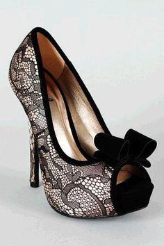 Qupid Heigl-95 Bow Lace Peep Toe Platform Pump #lace #heels www.loveitsomuch.com